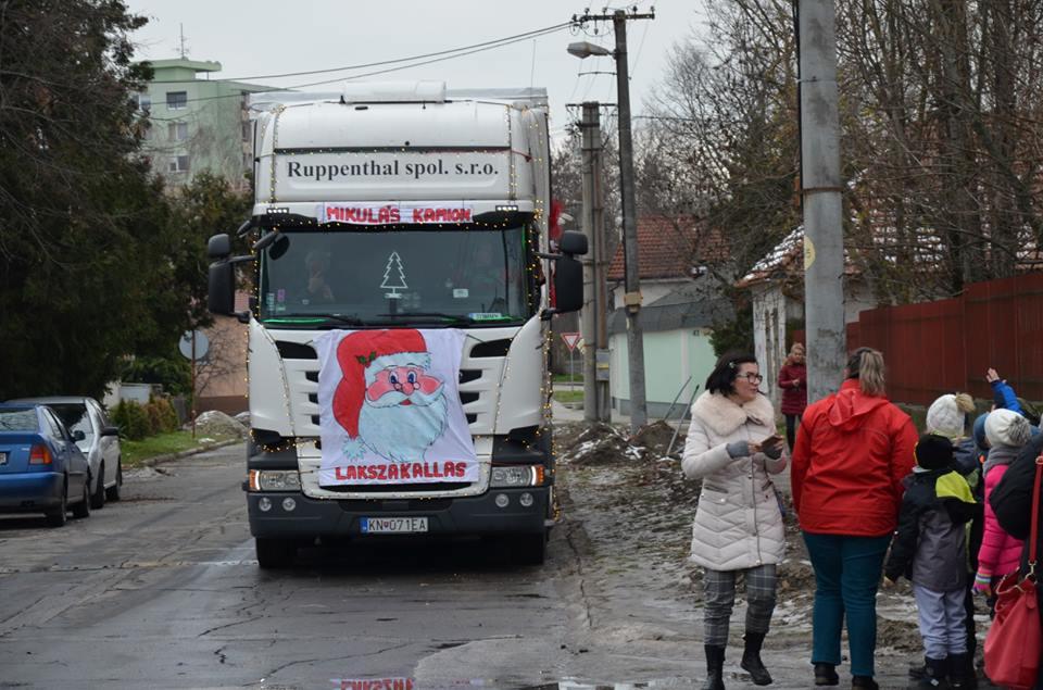 mikulas_kamion