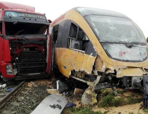 vasúti átjáró - baleset