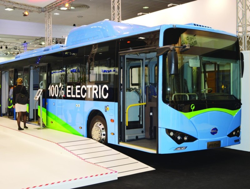 BYD_ebus_at_IAA_2016-e1529305779244
