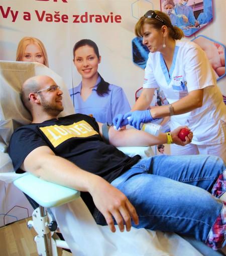 Nemocnica Komárno pozýva darcov na letné odbery krvi
