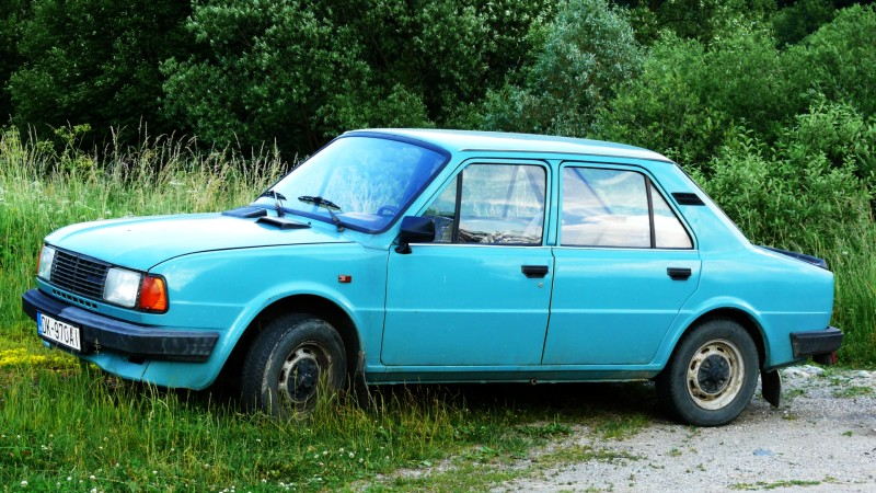 skoda-120-l-small-family-car